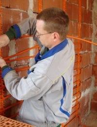 Wandverwarming op stenen muur installeren