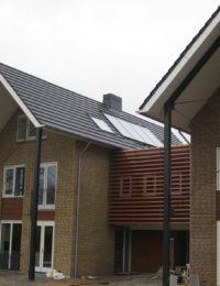 Vlakkeplaat zonnecollectoren woning