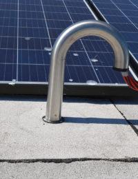 Kabeldakdoorvoer plat dak met bitumen dakbedekking