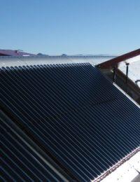Installatie zonnecollectoren