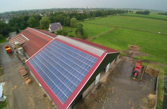 zonnepanelen boerderij