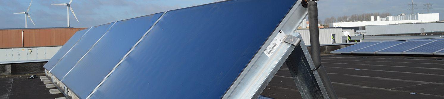 Zonneboiler pakket: vlakkeplaat zonnecollectoren + 550 liter buffervat