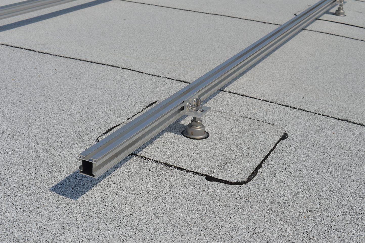 Project Rond Bitumen Dak Met Zonnepanelen Mogelijk Door