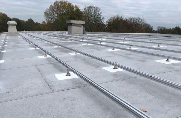 Montagesysteem voor zonnepanelen zonder ballast