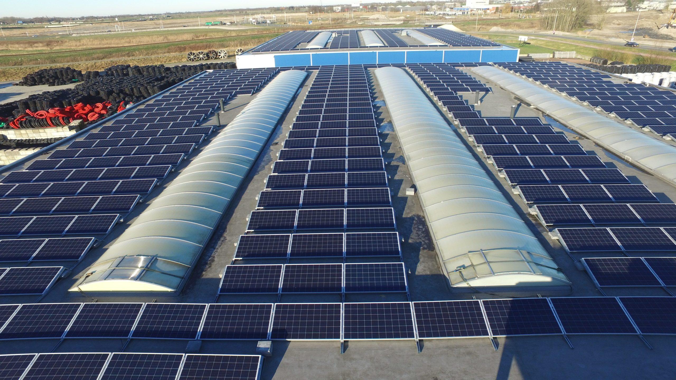 9% van utiliteitsgebouwen voorzien van zonnepanelen