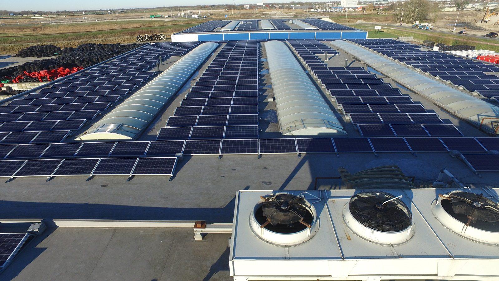 SDE+ subsidie voor 2400 zonnepanelen bij Grain Plastics