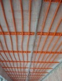 Variotherm klimaatplafond aan steenachtig plafond
