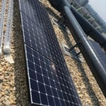 Zuid opstelling zonnepanelen op woontoren flat hoogbouw