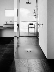 Douchebak-wtw toegepast in een badkamer