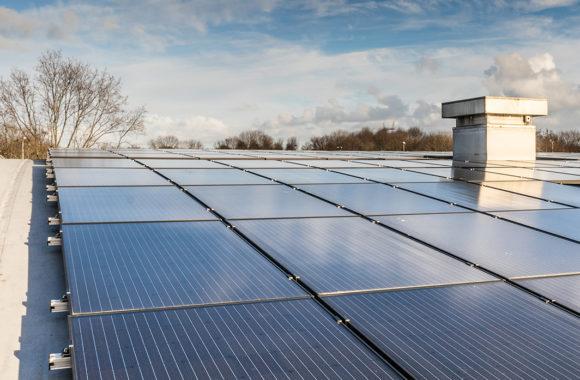 Jual_Solar_ballastvrij_montagesysteem_rond_gebogen_stalen_bitumen_dak7