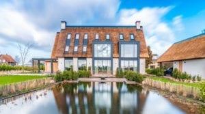 Variotherm klimaatplafond koelplafond in luxe villa landhuis