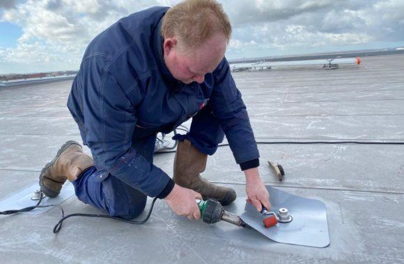 dakankers zonnepanelen plaatsen met montagesysteem Jual Solar