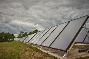 Thermic Energy Vlakkeplaat 300 zonnecollectoren veld opstelling