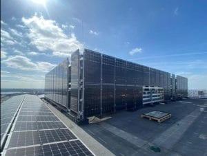 Zonnepanelen op gevel | Zonnepanelen als gevelbekleding | Terraced Tower